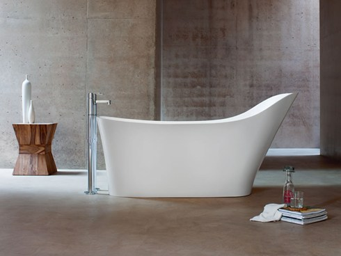 The Clearwater Nebbia Freestanding Bath